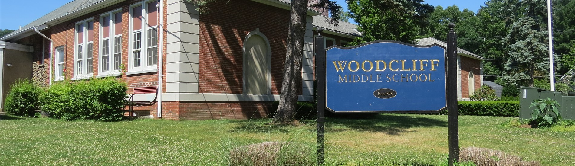 Woodcliff Middle School sign